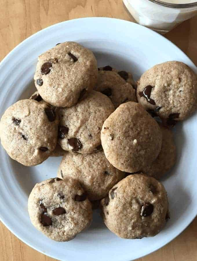 Gluten free, dairy free, egg free, soy free chocolate chip cookies