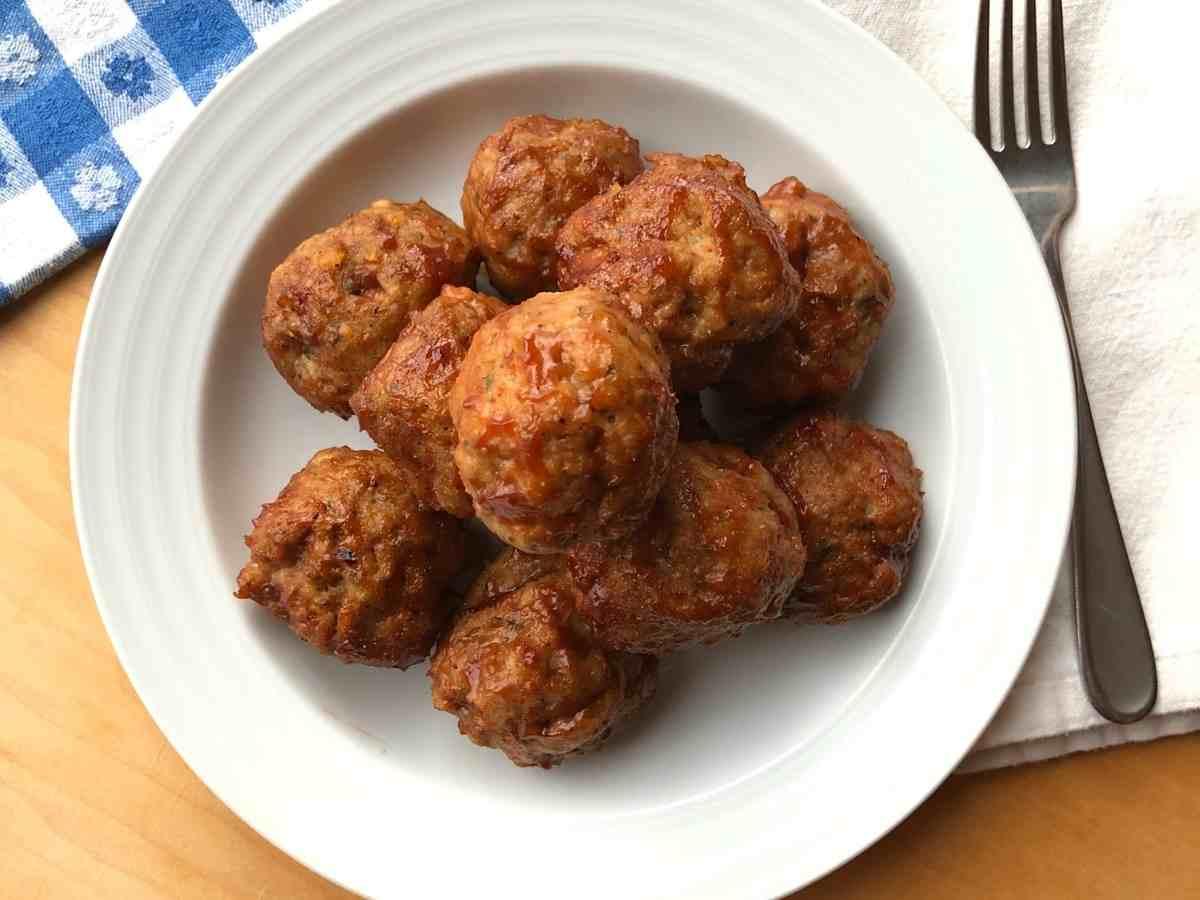 Gluten free turkey meatballs in a bowl.