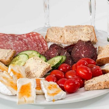 A platter of food with cross-contact